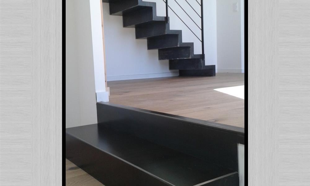 Escalier m tal inox et acier arinox - Escalier metal design ...