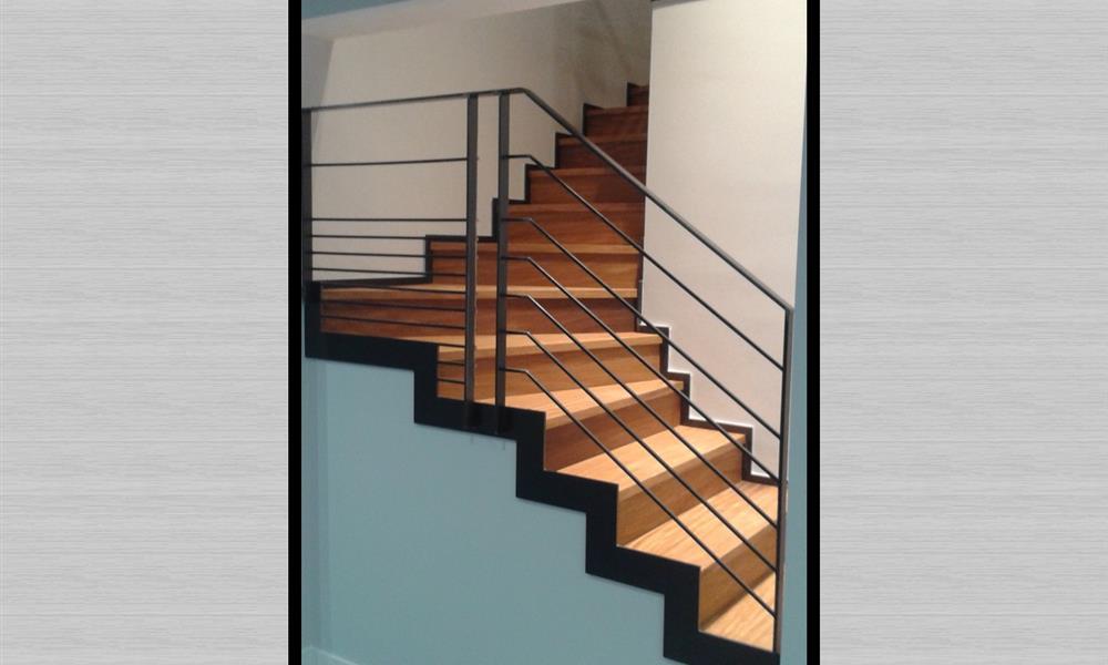 emejing escalier bois design pictures. Black Bedroom Furniture Sets. Home Design Ideas