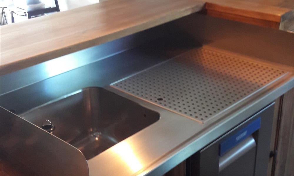 Fabricant de cuisines en inox en bretagne vannes for Mobilier cuisine inox